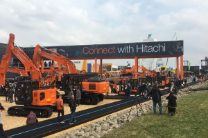 HITACHI making new connections