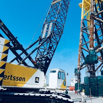 Two HSC Crawler Cranes SCX2800 for Aertssen Machinery Services UAE